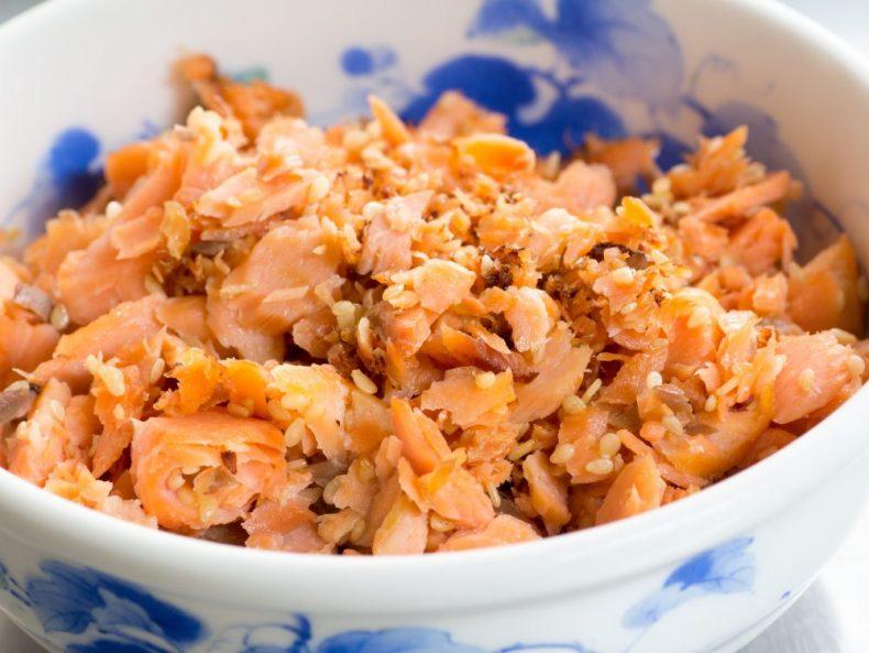 これは即買い!鮭明太が酒のつまみに最高!絶対食べたいアレンジ8選!