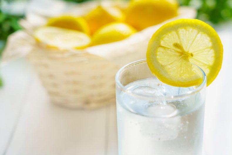 泡盛の割り方は本場に学べ!沖縄の飲み方ともっとおいしくする方法