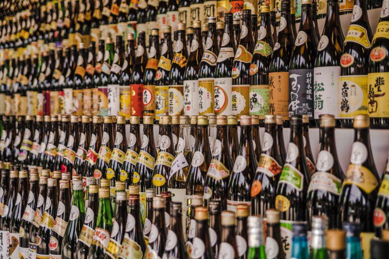 【日本酒】初心者に必見!飲み方と種類(甘口・辛口)