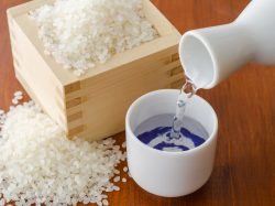【米焼酎】初心者にもおすすめの飲み方5選♪ジュースでおいしく飲みやすく!