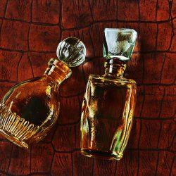 リキュールの小瓶のセットはインテリアにも抜群♪通販の販売で手軽にゲットしよう!