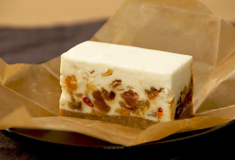 コガネイチーズケーキ【ドライフルーツ レアチーズケーキ 単品 】