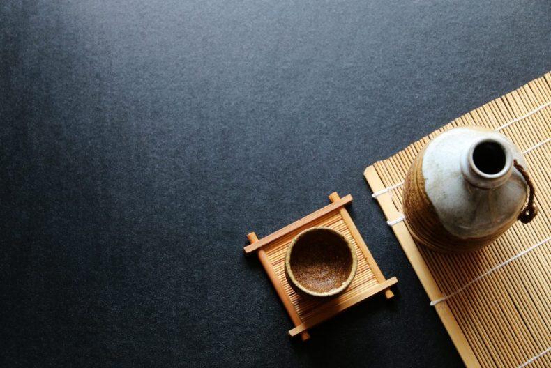 焼酎と日本酒の違いとは?皆が知らない度数や原料と二日酔いの仕組み!