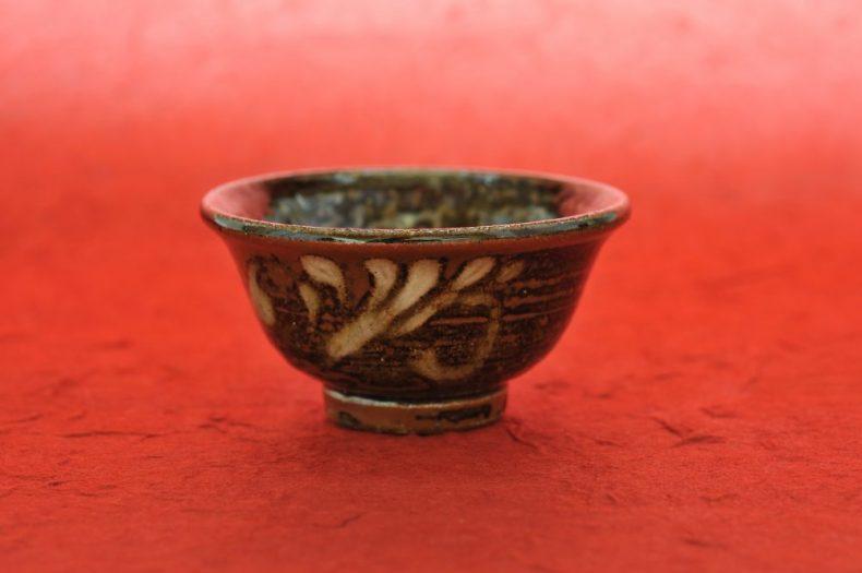 泡盛が今大人気!沖縄の伝統酒から全国区でブームになった理由とは