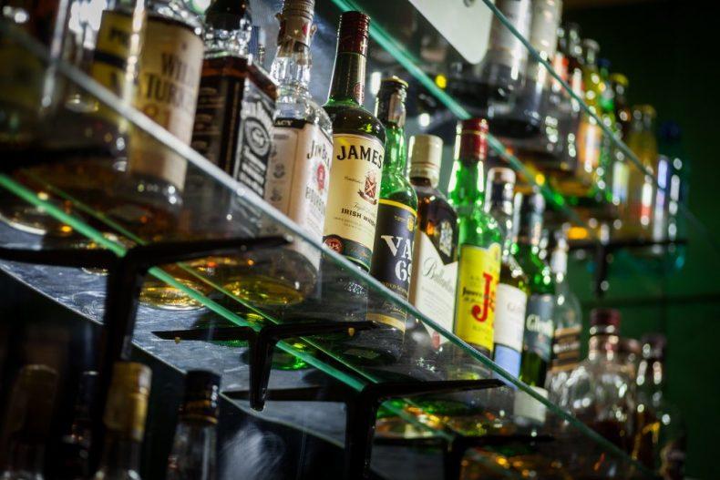 酒の精とは一体なに?スピリッツの意味とおすすめのお酒の飲み方!